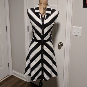 New York and Company Black White Dress